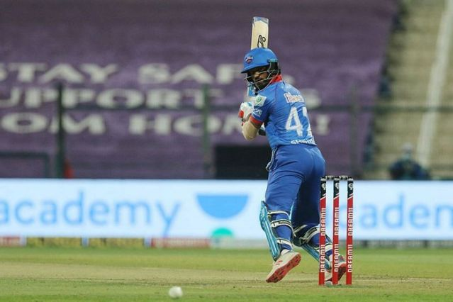 IPL 2020: 'Prithvi Shaw's lack of consistency has hurt the Delhi Capitals' - Sanjay Bangar